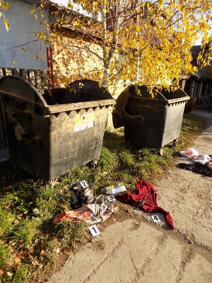 Женщина выбросила сына в мусорник