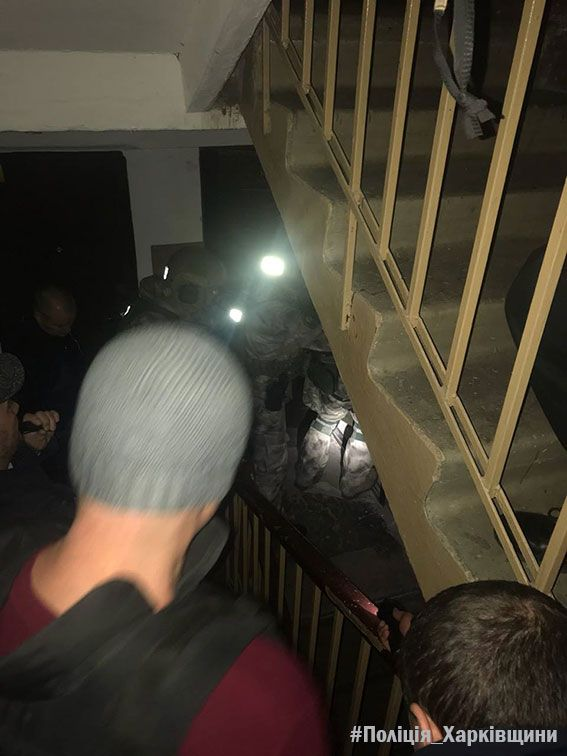 В Харькове наркоман из окна бросил сигнальную ракету и угрожал взорвать дом