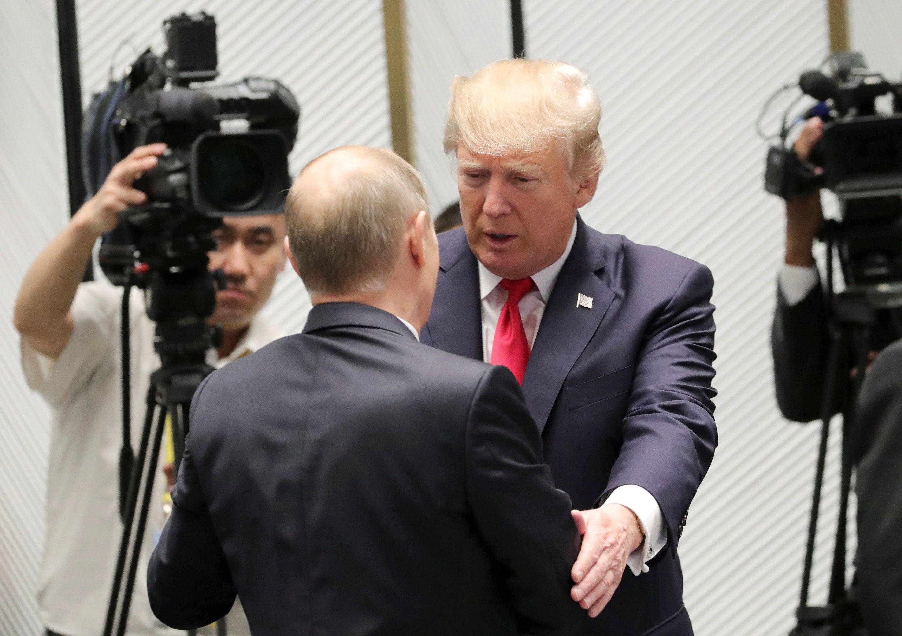 Путин и Трамп весь уходящий год бились на вопросом, как построить российско-американские отношения