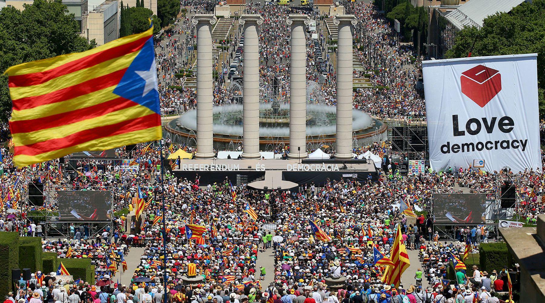 Россияне вмешивались в каталонский референдум