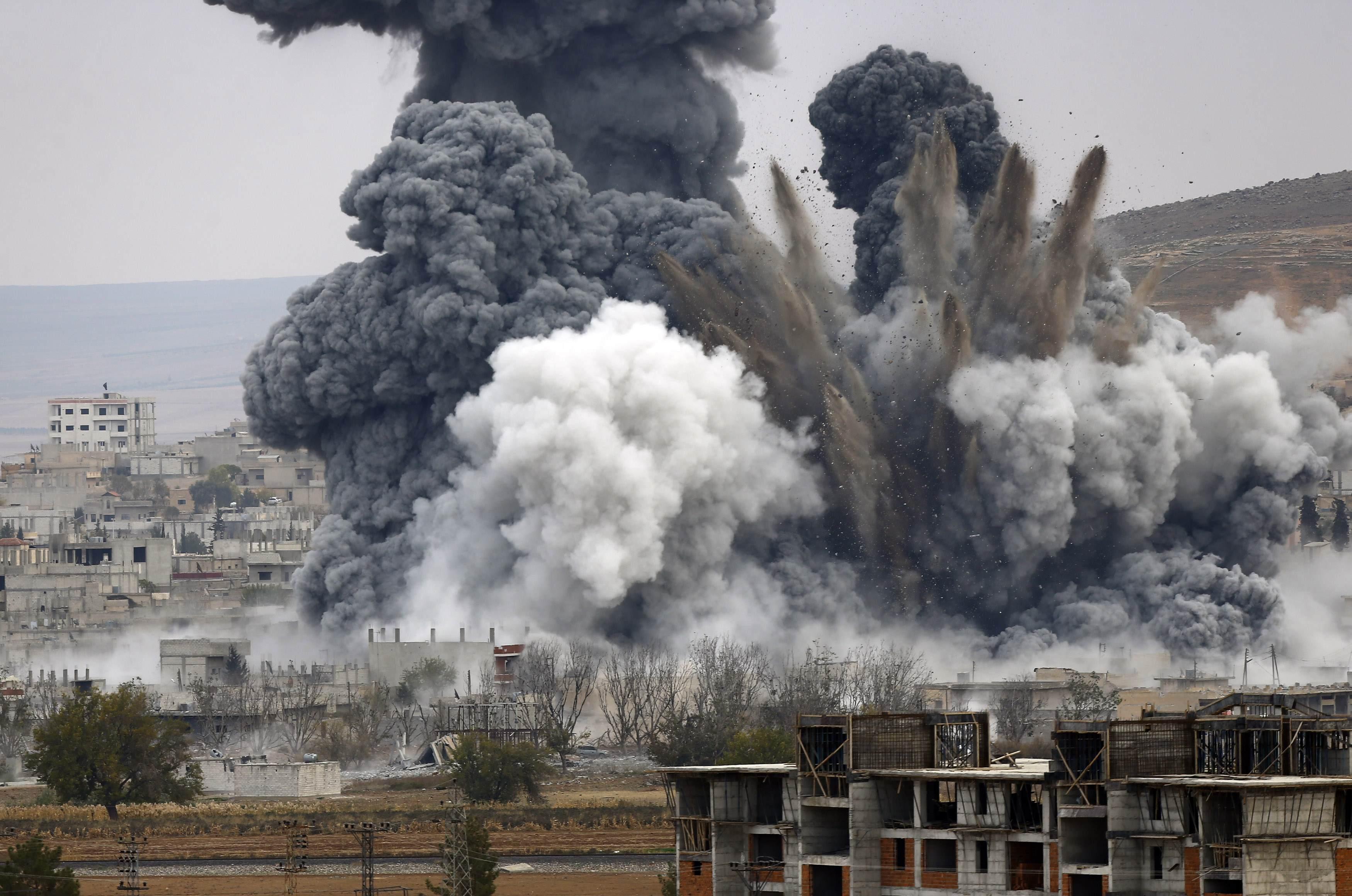 Бомбовый удар по сирийскому городу