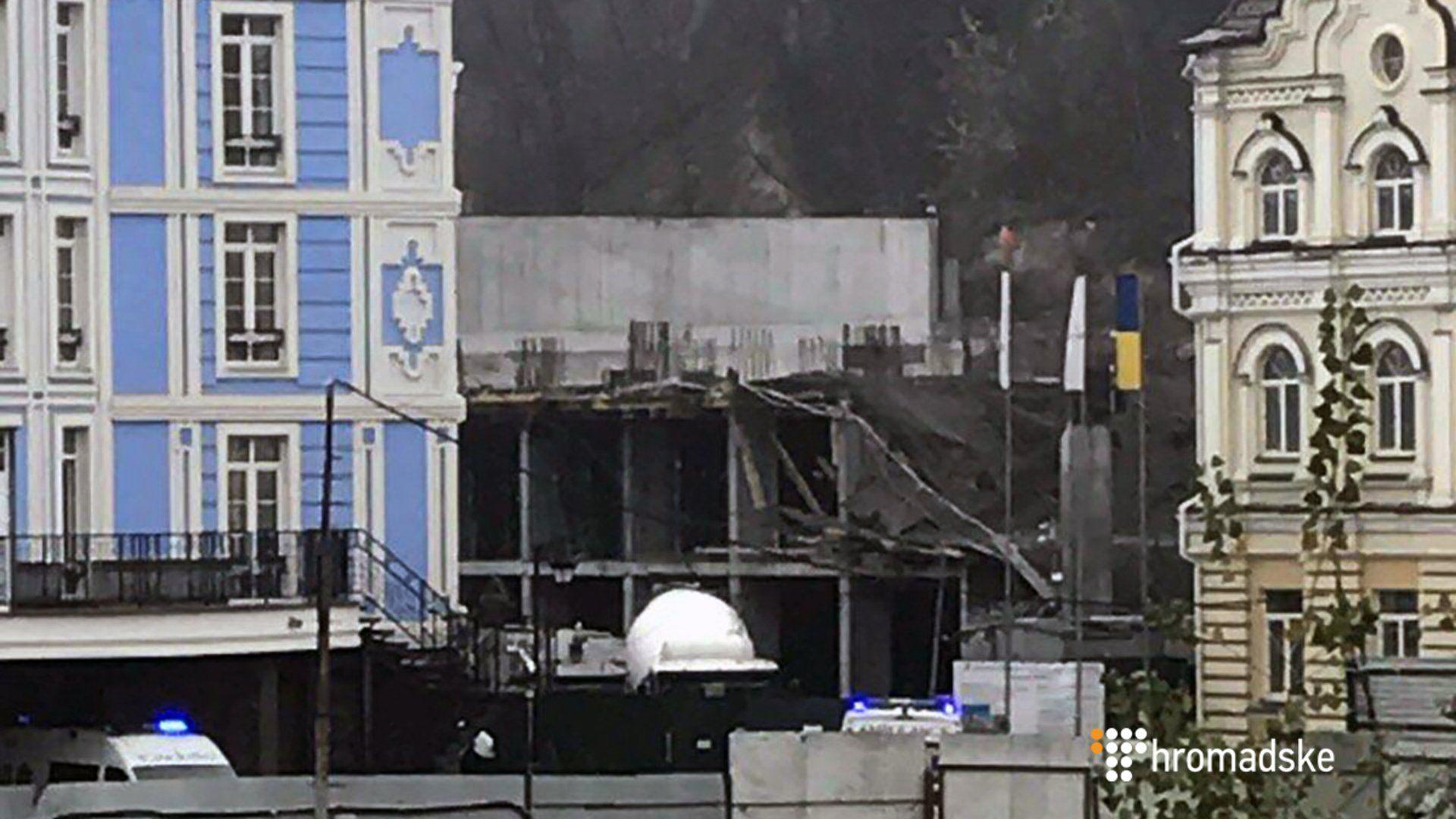 Обвал на стройплощадке в Киеве, на месте события работают медики, опубликованы фото