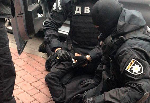 """Разбой со стрельбой. В Одессе накрыли банду сообщников """"вора в законе"""""""