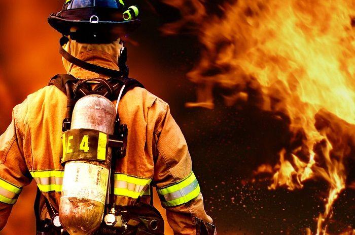 В пожаре погибла девочка, второй ребенок в реанимации