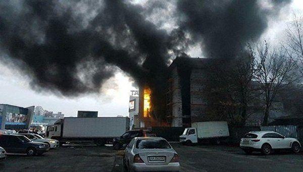 В столичном ТЦ произошло мастштбаное возгорание