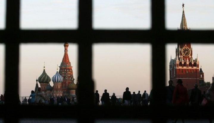 Кремль будет пытаться расшатывать ситуацию в Украине, считает эксперт