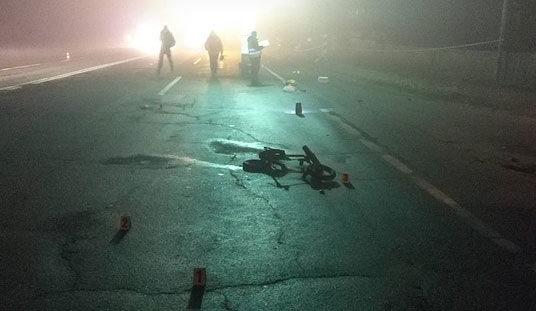 Мужчина на иномарке лишил жизни трех людей