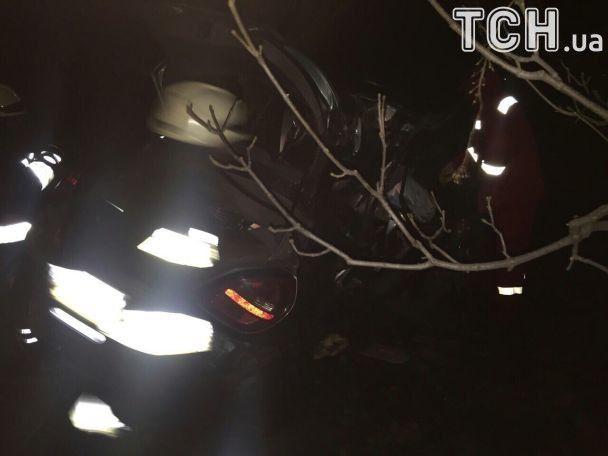 Жуткое ДТП на Днепропетровщине: Nissan смяло, как жестянку, погибли четверо подростков