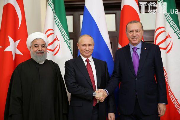 Трехсторонние переговоры в Сочи