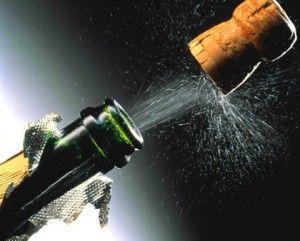 В новогоднюю ночь реже пить и больше двигаться, посоветовал врач