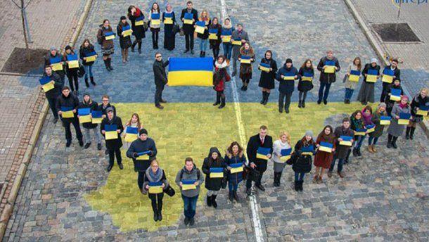 Порошенко предложил лишать гражданства крымчан, которые пошли на выборы
