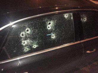 Расстрелянное авто в Харькове