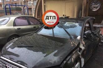 Поврежденное авто