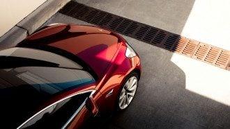 Tesla Model 3 может повлиять на рынок авто, считают журналисты