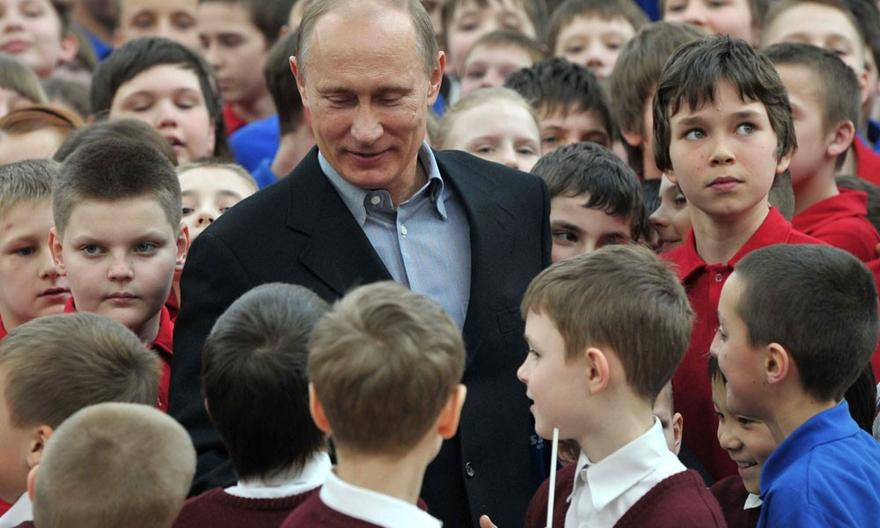 Российская пропаганда активно использует детей
