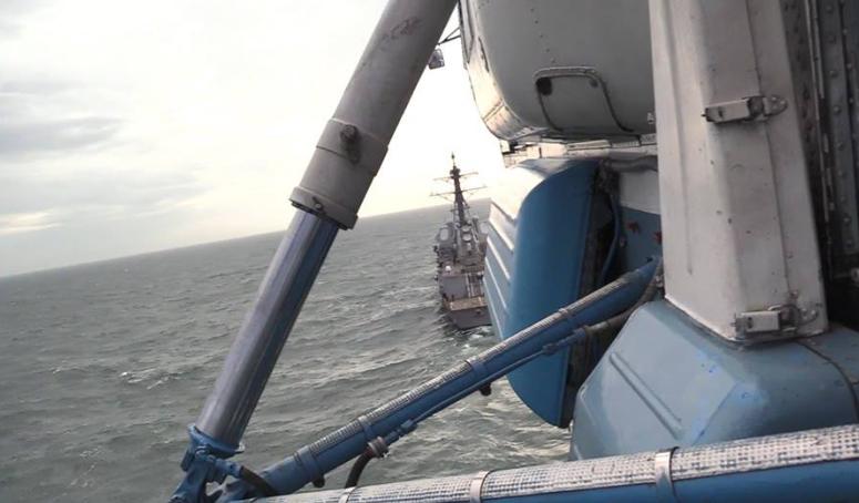 Ка-27 ВМС нашей армии отработали элементы посадки на палубу эсминца