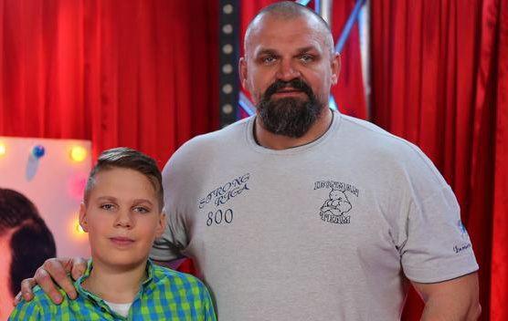 Адам и Василий Вирастюки