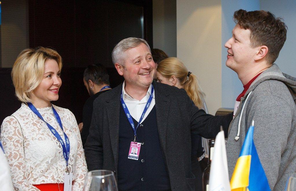 Меценат Игорь Янковский с супругой Светланой Сухиной и кинорежиссер Нариман Алиев