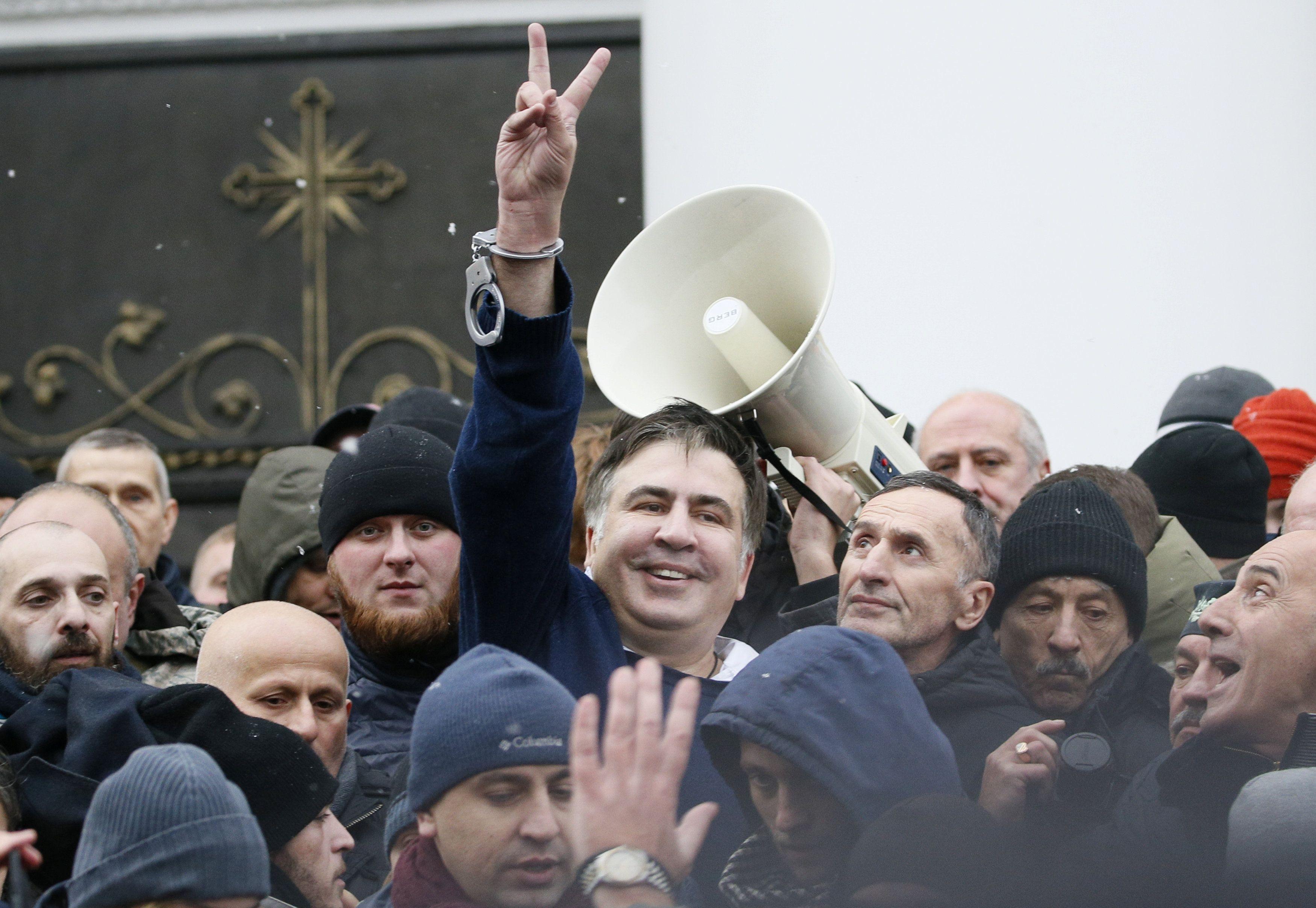 Михеил Саакашвили — Михеил Саакашвили прилетит в аэропорт Борисполь 29 мая в 17:15, сообщила его помощница