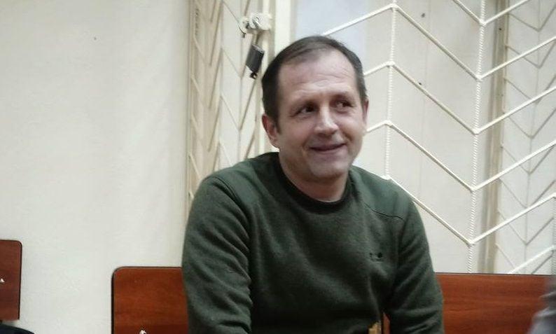 Владимир Балух постоянно чувствует боли в области грудной клетки, сообщила его адвокат