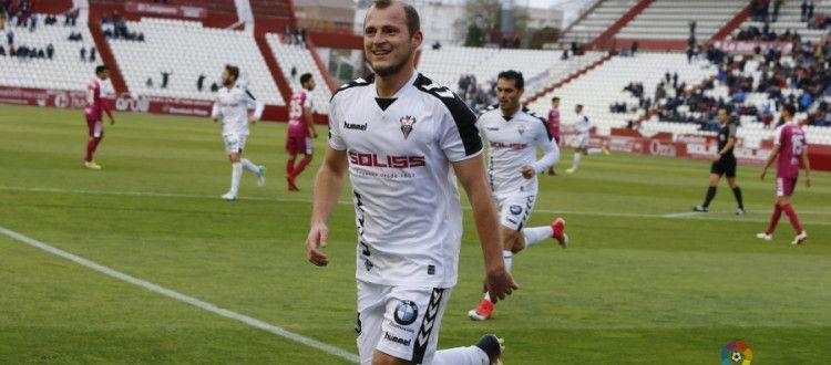 Зозуля провел 13 матчей в Сегунде, забив 7 голов