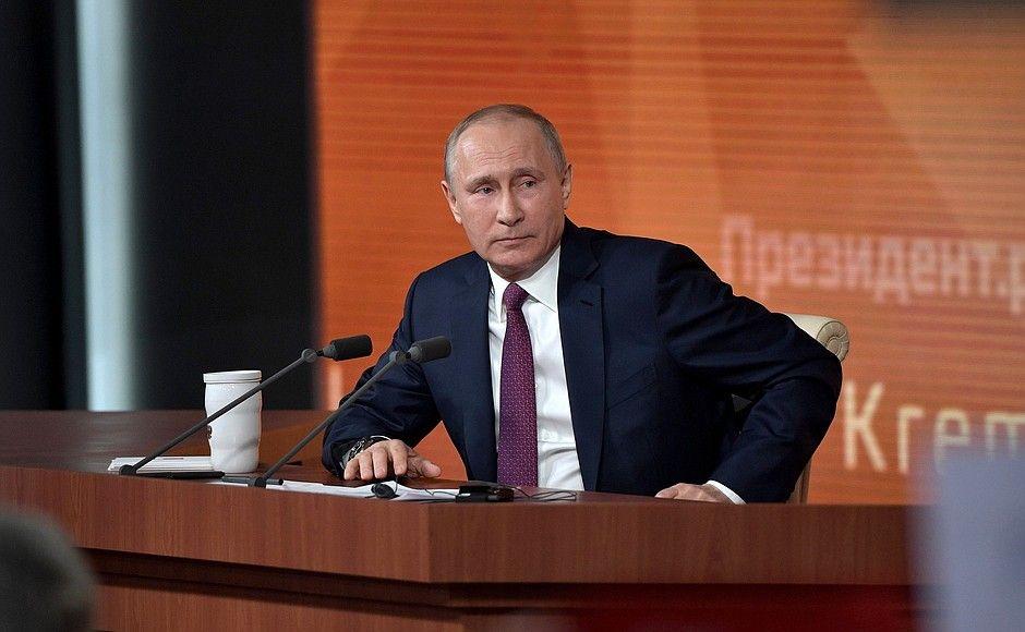 В Кремле нет настоящих мужчин, считает политик