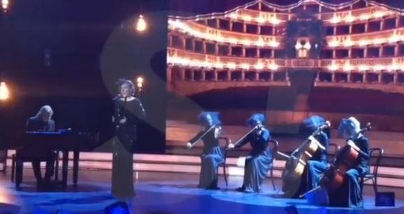 Кления Собчак пела на  гала-концерте