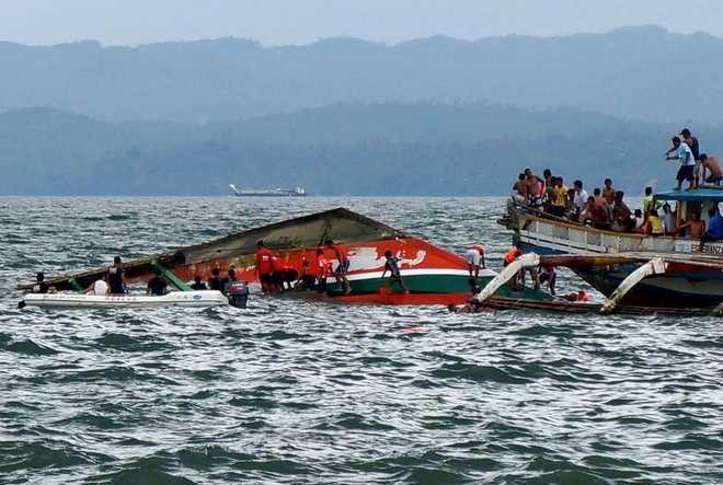 Судно затонуло спустя час после выхода в море.