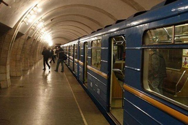 Сегодня в киевском метро искали взрывчатку - Новости Киева