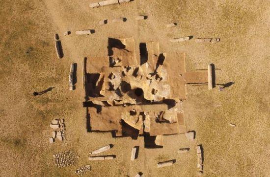 В Монголии нашли руины загадочного памятника