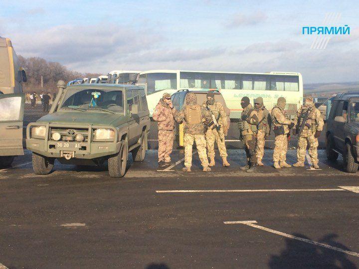 Обмен пленными на Донбассе, иллюстрация.