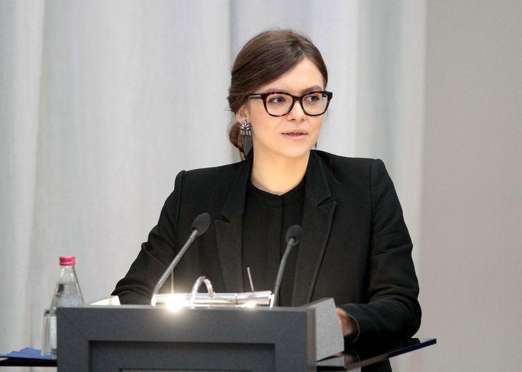 Анастасия Деева написала заявление об уходе по собственному желанию и уехала отдыхать в Стамбул.