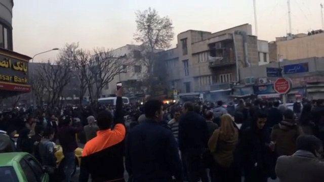 Иран захлеснули массовые акции протеста