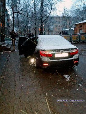 В Харькове взорвали авто