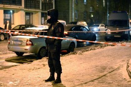Полицейский на месте массовой драки