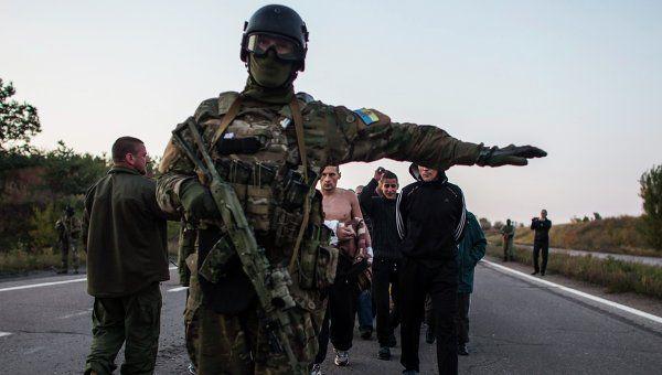 Обмен пленными на Донбассе. Архивное фото