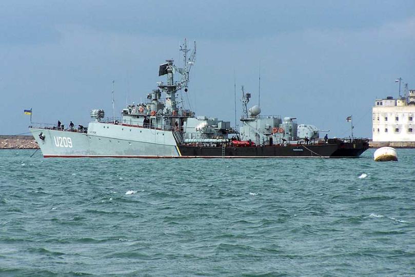 Отдавая Украине корабли в Крыму, Путин продолжает свою игру