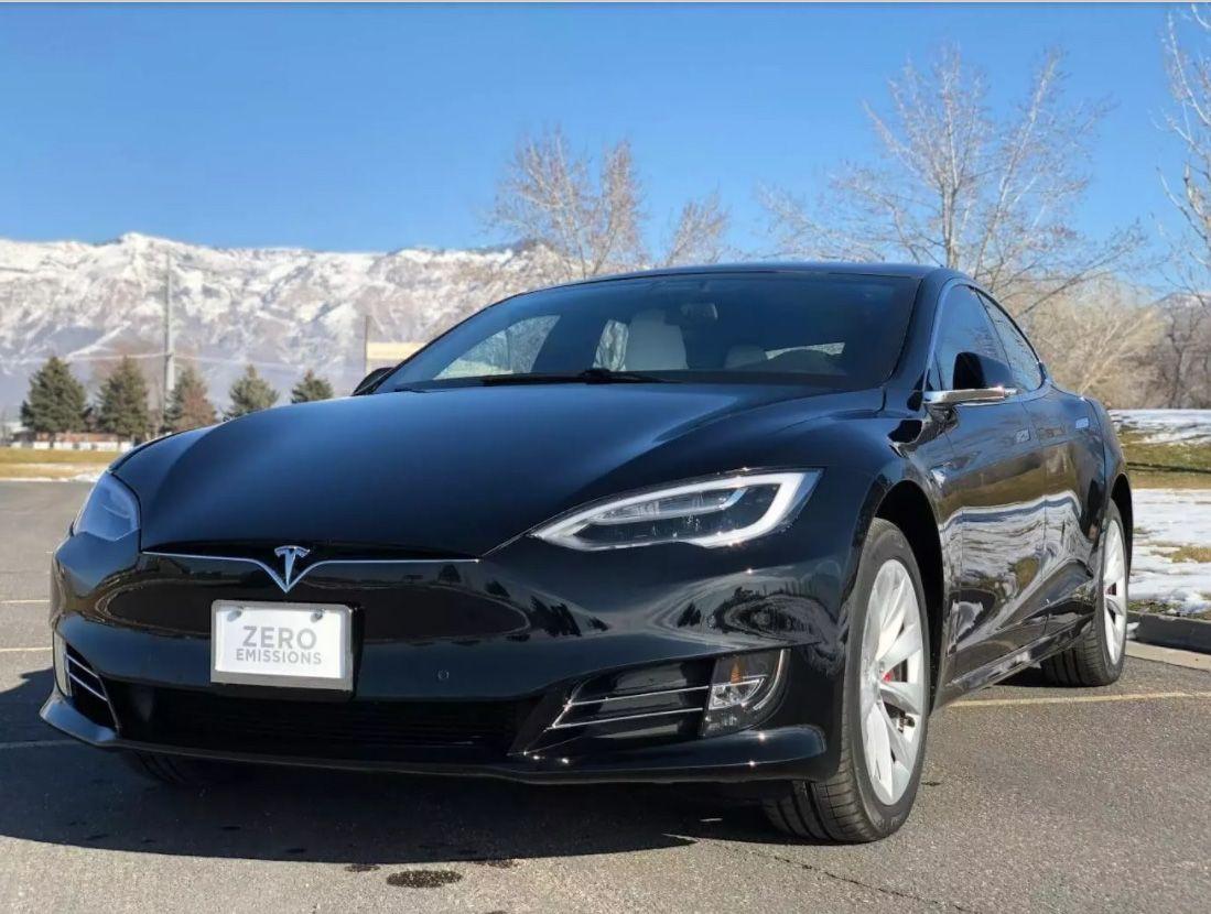 Tesla Model S превратили в броневик