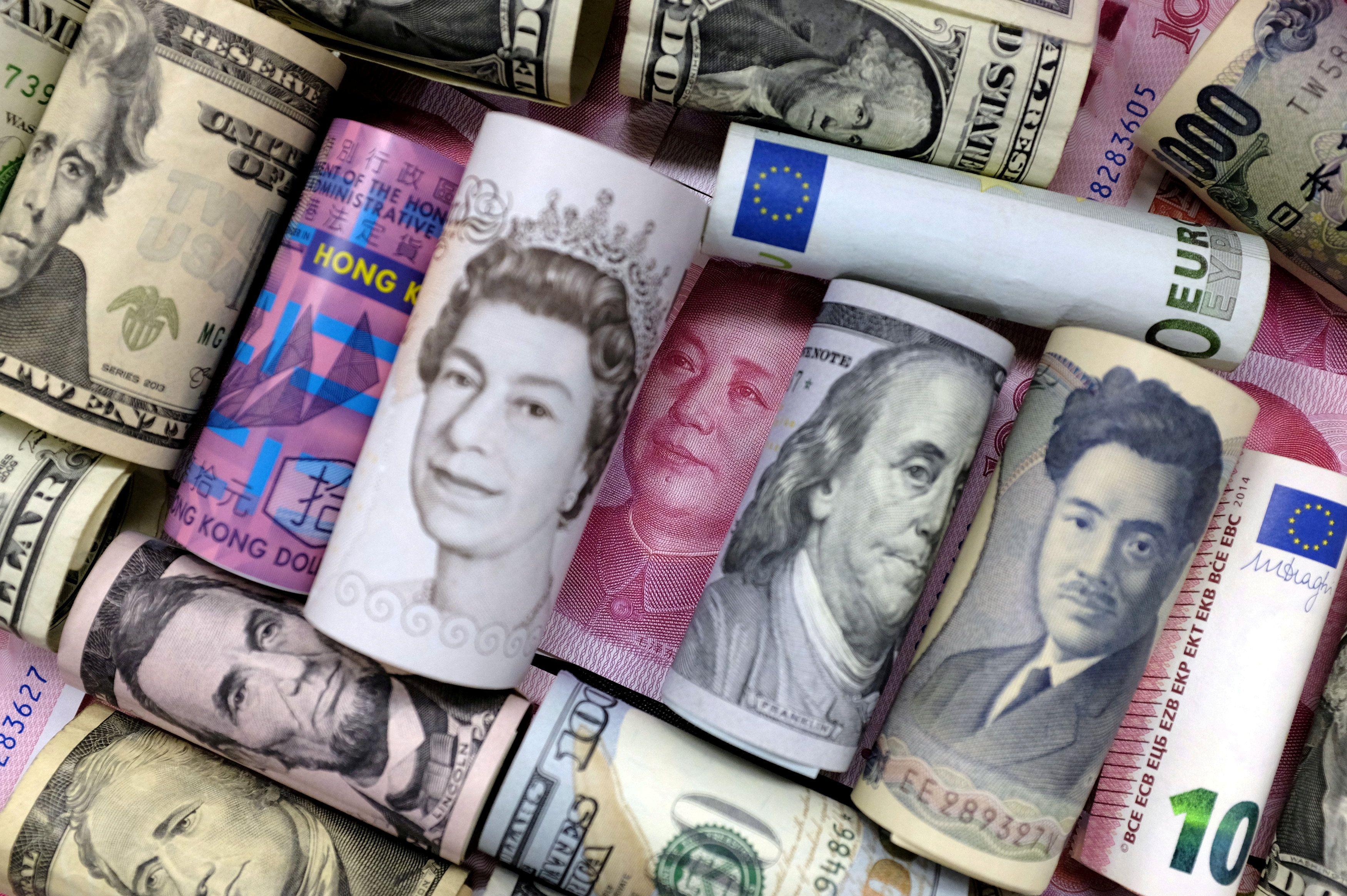 евро,доллары