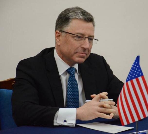 Украинская армия защищает свою землю от вооруженной агрессии, отметил Курт Волкер