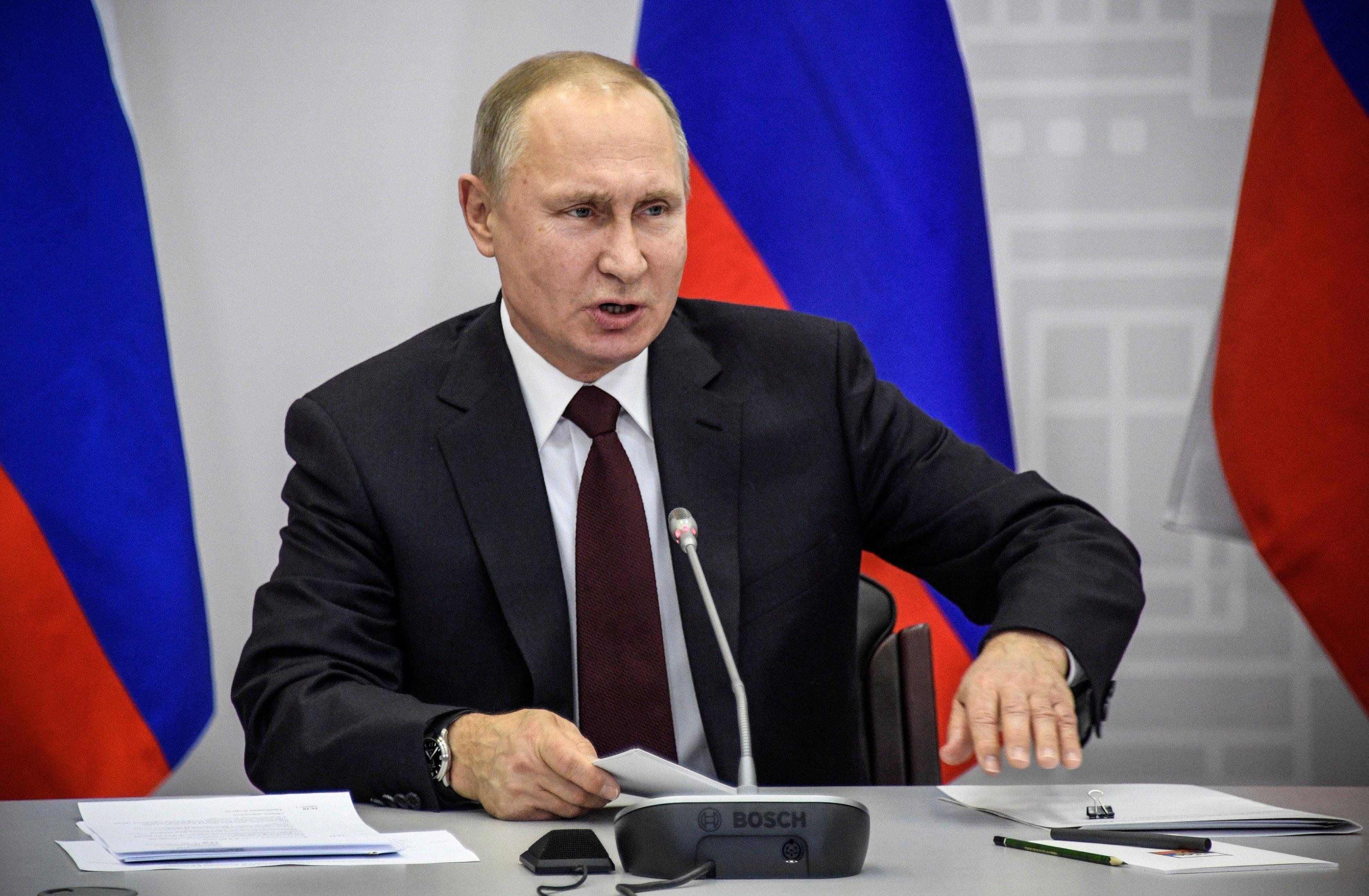 Договоренности по Донбассу выгодны Владимиру Путину, считает журналист