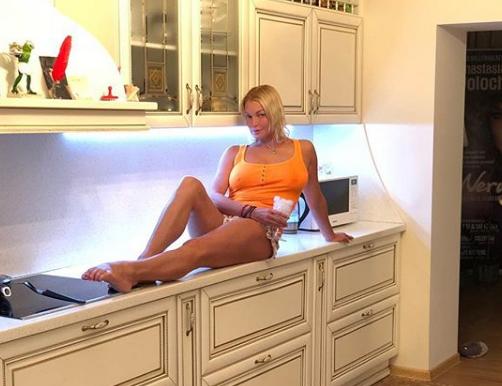 Анастасия Волочкова порадовала поклонников новым фото