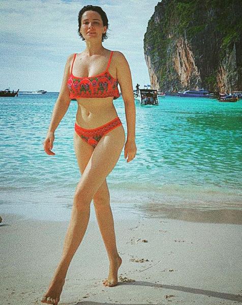 Даша Астафьева порадовала поклонников новыми фото