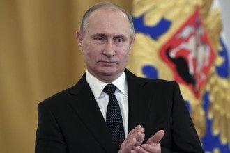 Если Владимир Путин знает, что его где-то ждут с оружием, он туда не полезет, считает эксперт
