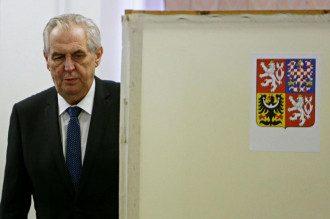 Земан жорстко відповів на рішення Москви