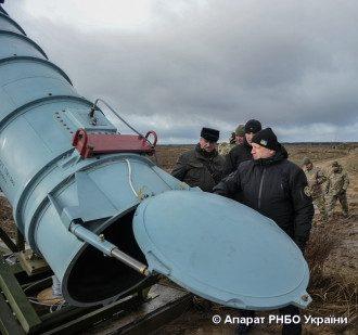 Турчинов засветился на испытаниях крылатой ракеты