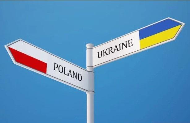 В Польше одобрили документ, выгодный Кремлю, полагает Андрей Парубий