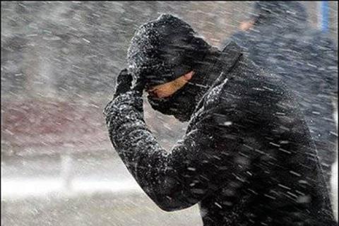 Снег, ветер, штормовое предупреждение