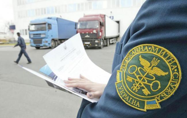 Единственный способ борьбы с контрабандой - это немедленная отмена всех импортных и экспортных пошлин
