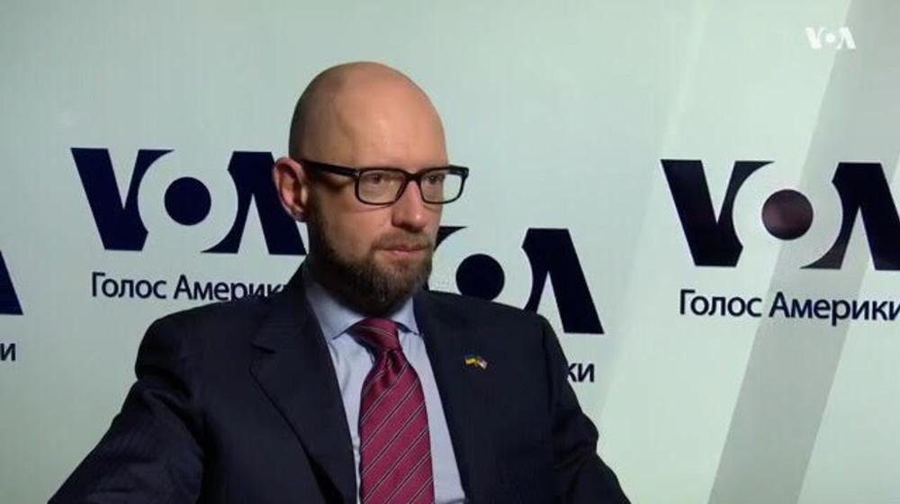 Арсений Яценюк заявил, что безопасность может гарантировать расширение НАТО